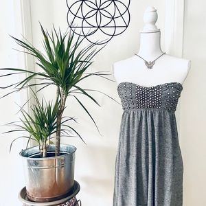 🌻 PEWTER STUDDED STRAPLESS DRESS BY BEBE 🌻